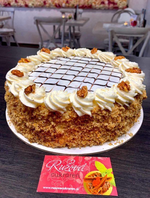 Orechová torta. Torty Nitra Ružová cukráreň Nitra