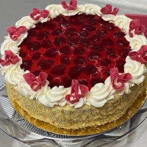 Vanilkovo malinová torta. Ružová cukráreň Nitra