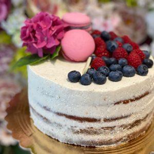 Holá torta. Torty Nitra. Ružová cukráreň.