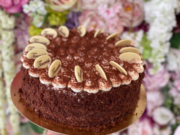 Tiramisu torta z cukrárne. Torty Nitra